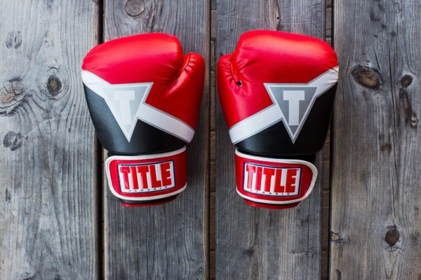 rękawice bokserskie, boks, sport walki, odważ się na boks
